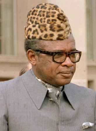 President Mobutu of Zaire in his Pentagon office, Room 3E880.