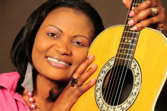 Kenya Ushers  New Gospel Musician On Stage