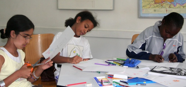 children creating animation content for hildren at lola kenya screen in 2007