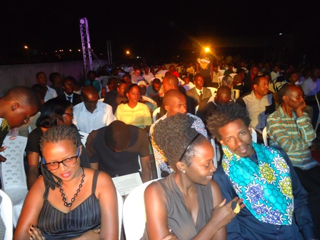 movie lovers at mashariki african film festival closing ceremony
