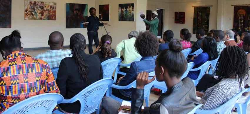 Art lovers listen to Artist Talk on Sudanese Vision