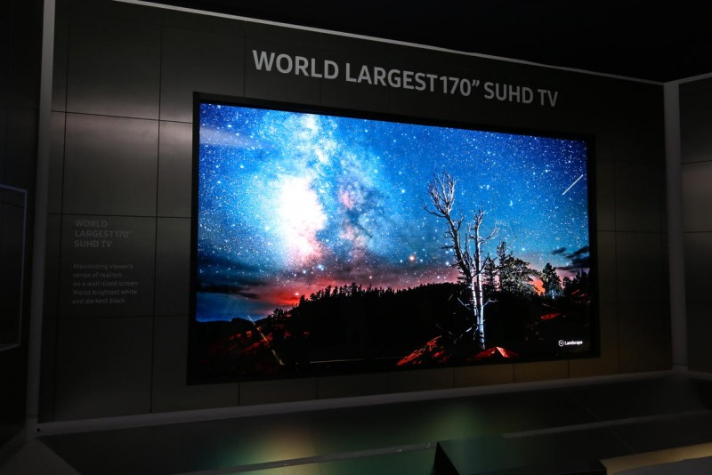 "All Samsung SUHD TVs are in 2016 equipped with the ability ""to provide a premium high dynamic range (HDR) experience, with 1,000 nit HDR minimum for a higher level of contrast between light and dark images"