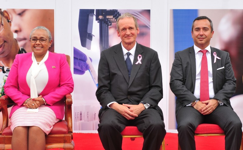 Margaret Kenyatta, Markus Gemuen, Andre Mendoza at the launch of the Roche-Kenya Government partnership launch