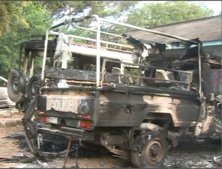 kenya police vehicles set on fire in lamu's mpeketoni attack