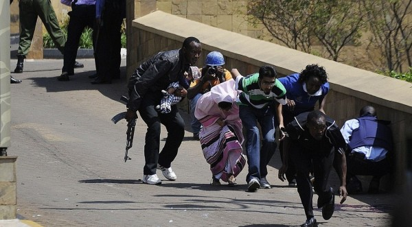 ill equipped policeman to the rescue at westgate shopping mall nairobi 2013