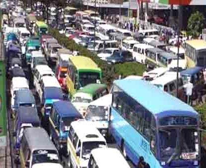 traffic jam in kenyan capital, nairobi