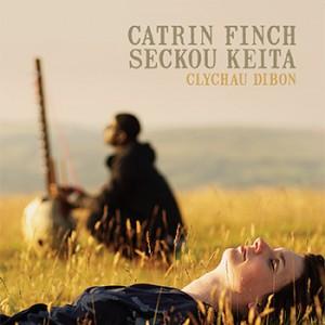 Welsh harpist Catrin Finch with senegalese seckou keita