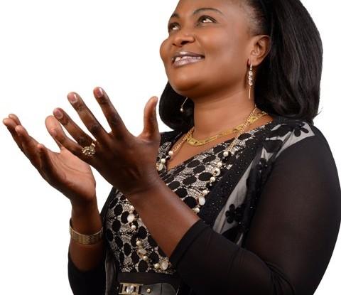 geraldine oduor nitamuimbia kwani ametukuka