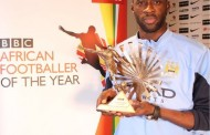 Yaya Toure Wins BBC African Footballer of the Year Award 2015