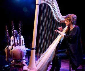 Seckou Keita and Catrin Finch make music. Image by Elizabeth Jaxon.